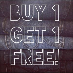 ALL JEANS IN MY CLOSET ARE BOGO THIS WEEKEND! 🤩